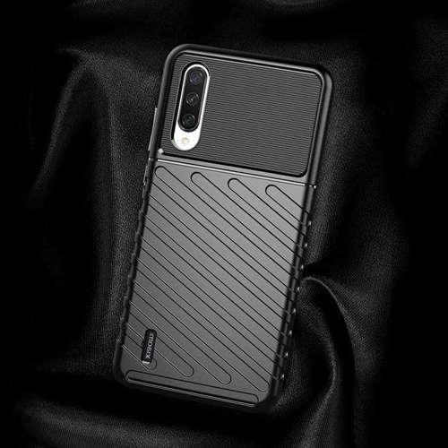 Thunder Case elastyczne pancerne etui pokrowiec Xiaomi Mi 9 Lite / Xiaomi Mi CC9 czarny